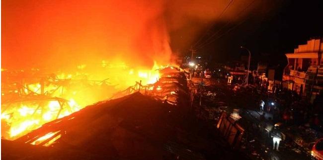 Tiga Rumah di Kelapa Gading Dilalap Api