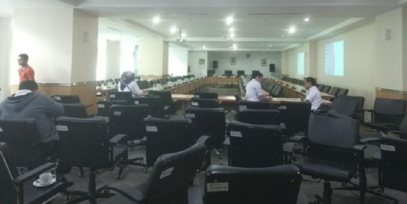 Anggota DPRD DKI Mangkir, Rapat Ditunda Lagi