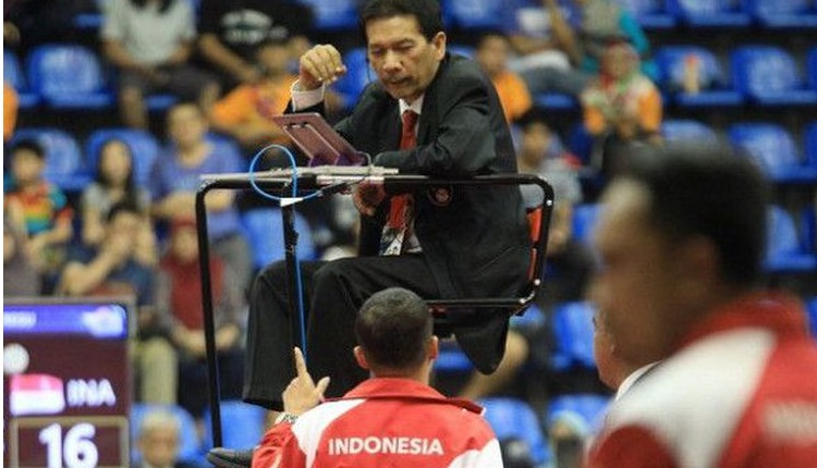 Wasit Singapura Kampret, Tim Sepak Takraw Putri Indonesia WO
