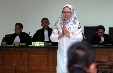Korupsi Alkes, Ratu Atut Dituntut 8 Tahun
