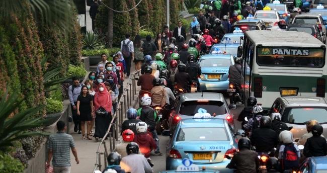 Djarot Pamer Atasi Kemacetan Jakarta