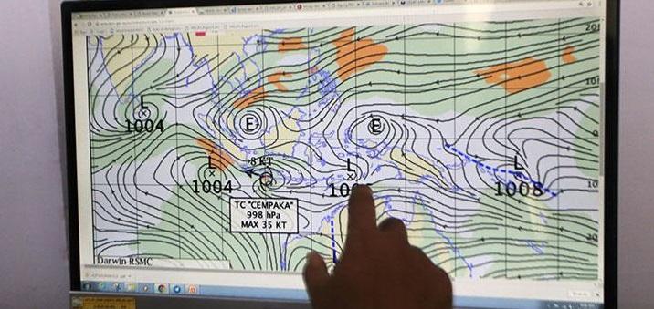 BMKG: Hujan Mengguyur Ibu Kota Mulai Siang