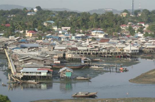 20 Ribu Keluarga di Bantaran Sungai Segera Dipindahkan