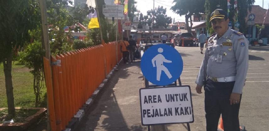 Terminal Kalideres bikin jalur Pedestrian bagi Penumpang