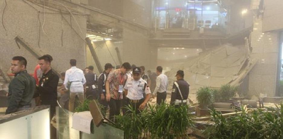 Balkon Gedung BEI Ambruk, 28 Orang Cedera