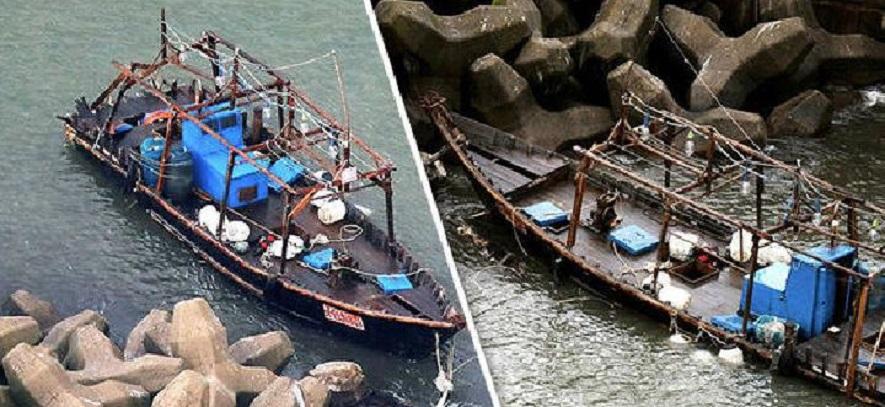 Perahu Hantu Terdampar di Laut Jepang