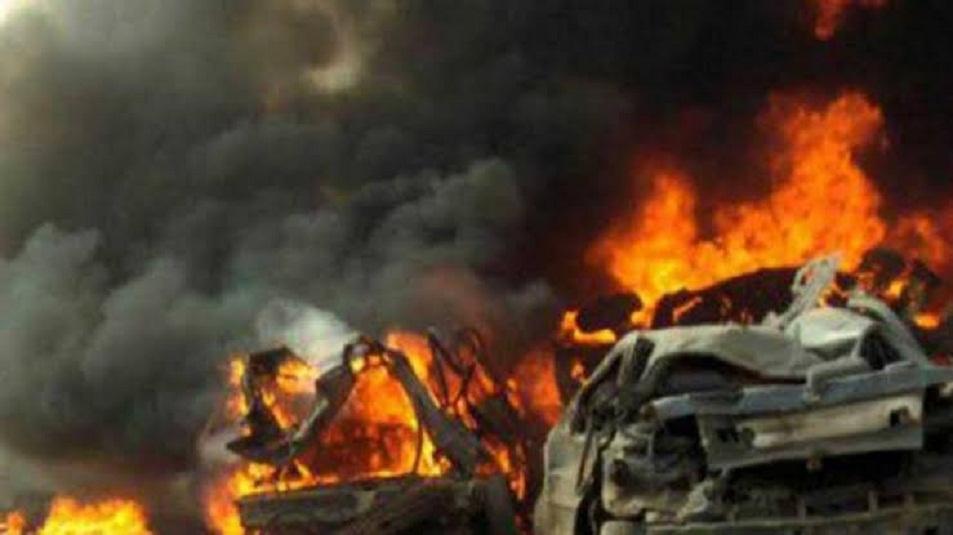 Bus Sekolah Tabrak Alat Peledak, 14 Orang Tewas