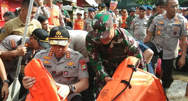 Kapolda Metro Jaya Tinjau Banjir di IKPN, Ciledug Indah & Daan Mogot