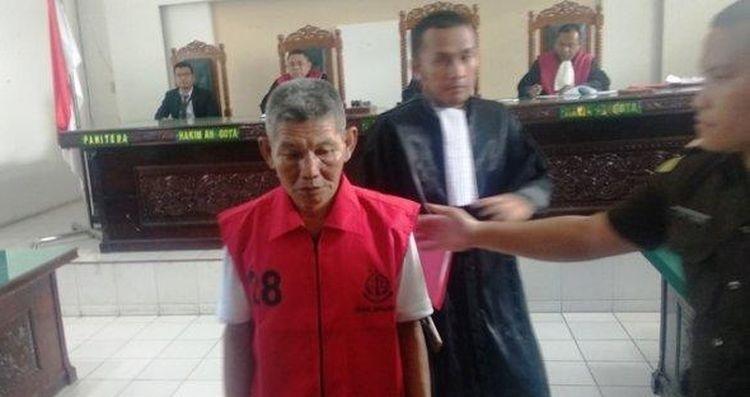 Kakek Pungut Getah Karet Rp 17.000, Dihukum 2 Bulan Penjara