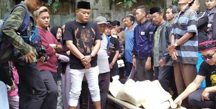 Dibongkar, Makam Lina Eks Istri Sule untuk Autopsi