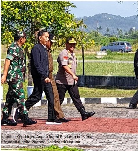 Kapolda Kepri Dampingi Presiden Jokowi Bertemu Nelayan Natuna
