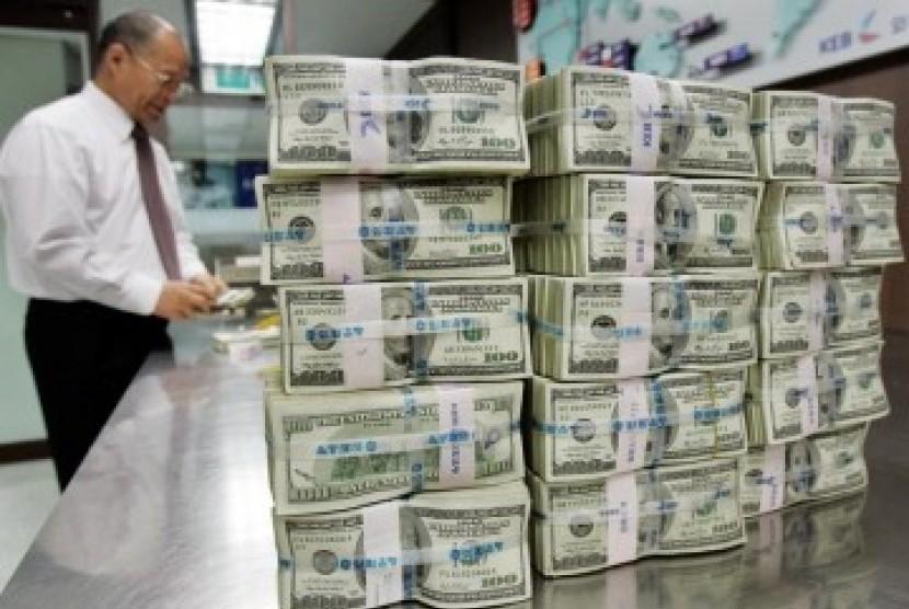 Cadangan Devisa Naik Jadi US$129,2 Miliar