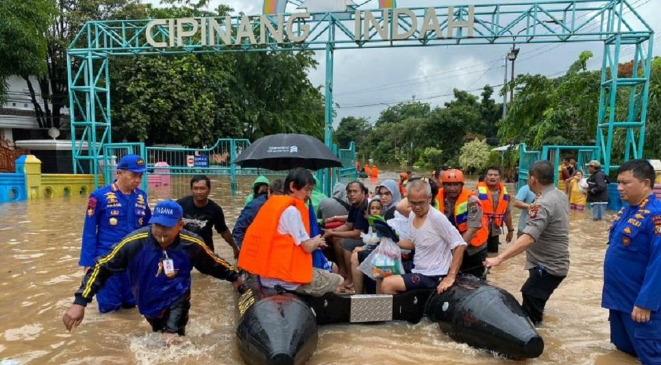 BNPB: 16 Orang Meninggal Akibat Banjir dan Longsor Jabodetabek