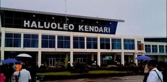 Lagi, Puluhan Warga Asing Mendarat di Bandara Haluoleo