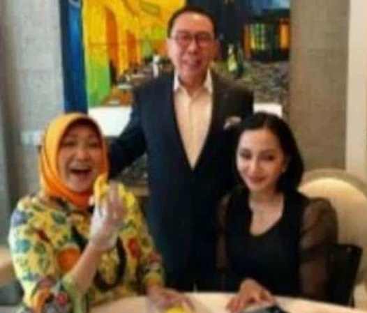 Foto Bersama Buronan Joko Tjandra Beredar, Jaksa Dicopot