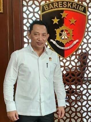 Jenderal Sigit Meningkatkan Kepercayaan & Kepuasan Publik Tanpa Hingar Bingar