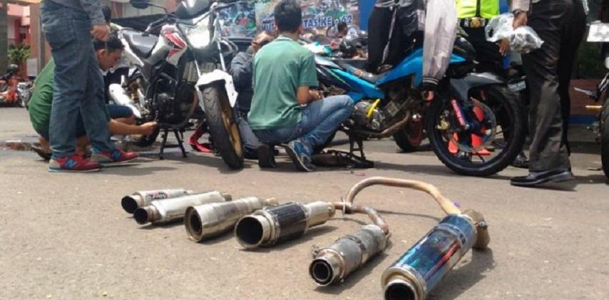 Polisi: Modifikasi Knalpot Brong Ditilang & Didenda Rp 250.000