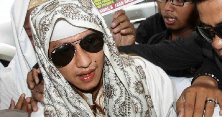 Bahar bin Smith Resmi Jadi Tersangka Tapi Tak Ditahan