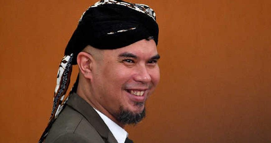 Musisi Ahmad Dhani Dihukum Setahun