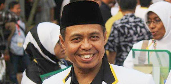 Jalan Dikorupsi, Politisi Senior PKS Dicekal