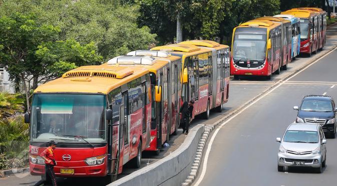 Transjakarta Tambah 600 Bus Single & 51 Bus Gandeng