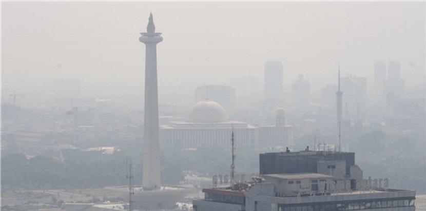 Polusi Udara Jakarta, Tak Sehat Sebulan