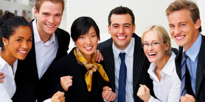Perusahaan Pengguna Tenaga Kerja Asing Bayar US$100 per Bulan