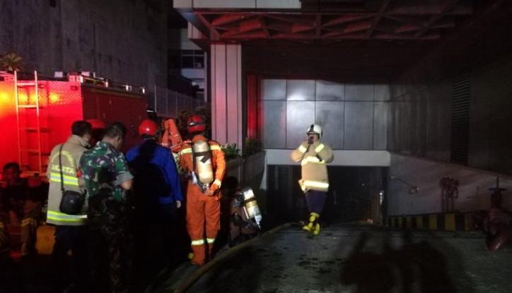 Basement Gedung PELNI Dilalap Api