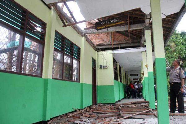 Nasib Miris Dunia Pendidikan di Pinggiran Jakarta