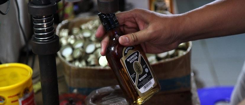29 Orang Tewas Akibat Minuman Keras Oplosan