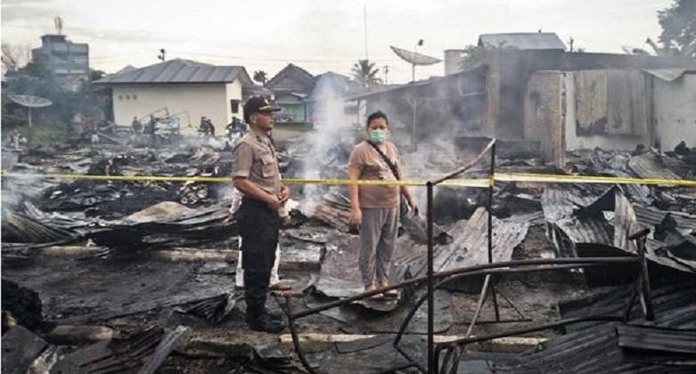 700 Kios Pakaian Bekas di Sumut Hangus Terbakar