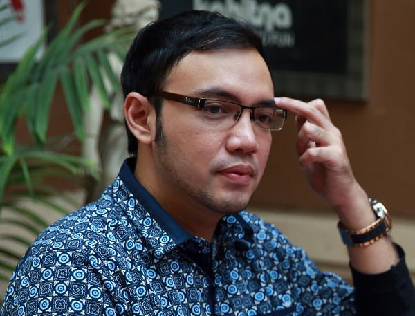 Dirikan Perusahaan Bodong, Sandy Tumiwa Ditangkap