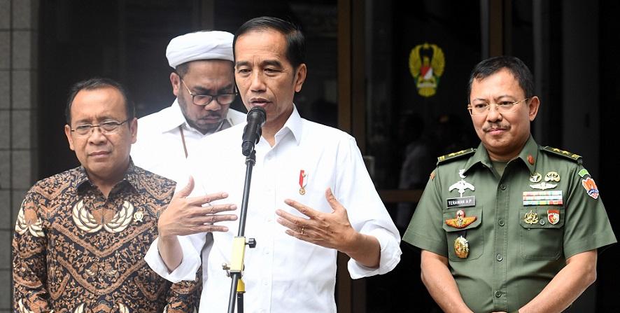 Jokowi Bersyukur Kondisi Kesehatan Wiranto Stabil