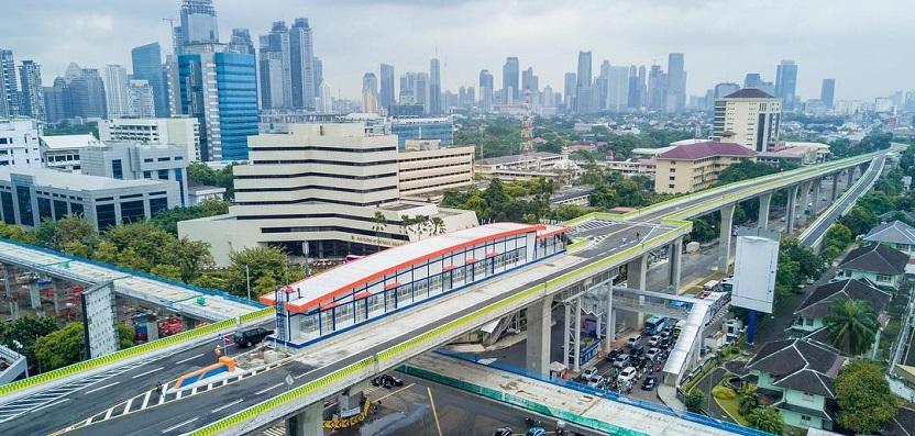 Busway Koridor XIII Ciledug-Tendean Terkesan Asal-asalan