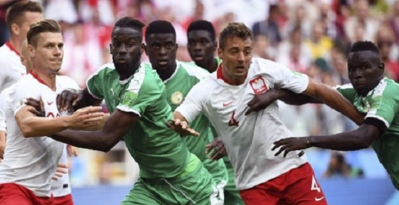Gol Bunuh Diri Antarkan Kemenangan Senegal atas Polandia