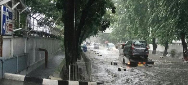 Banjir 30 Sentimeter Rendam Kawasan Sunter