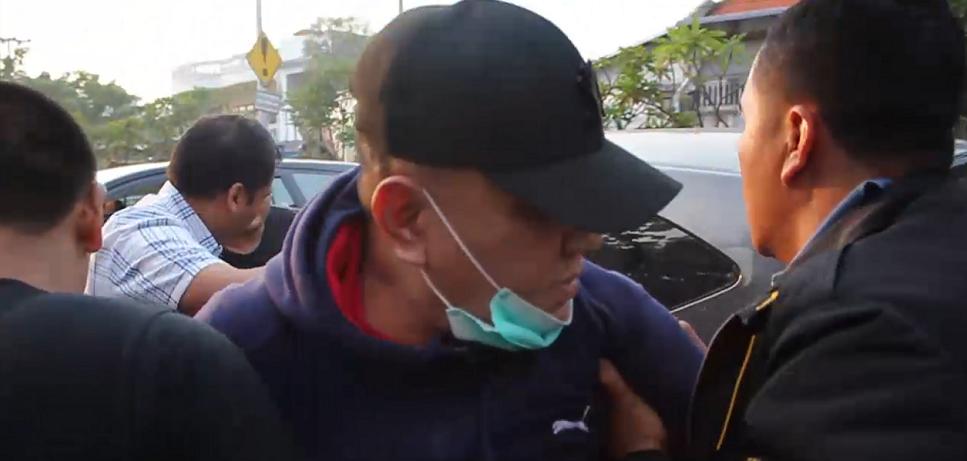 Ditangkap, Koruptor Eks Ketua DPRD Jatim Tabrak Motor Jaksa