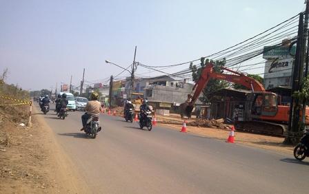 Pelebaran Jalur Mudik Jalan Kalimalang Dikebut