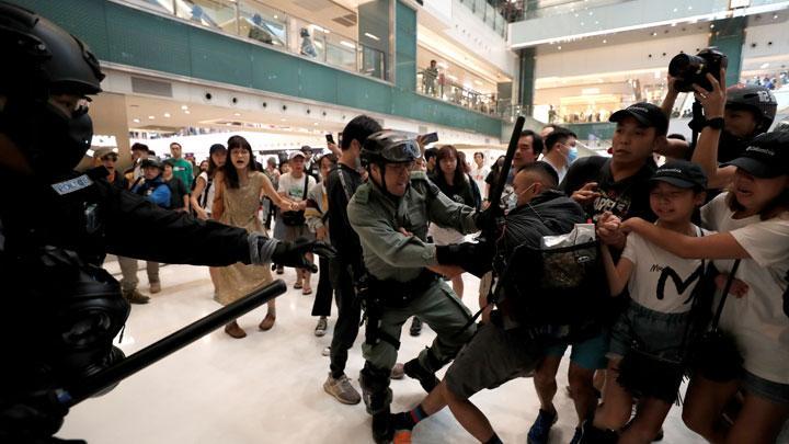 Warga Jakarta Barat Bisa Urus Paspor di Mal