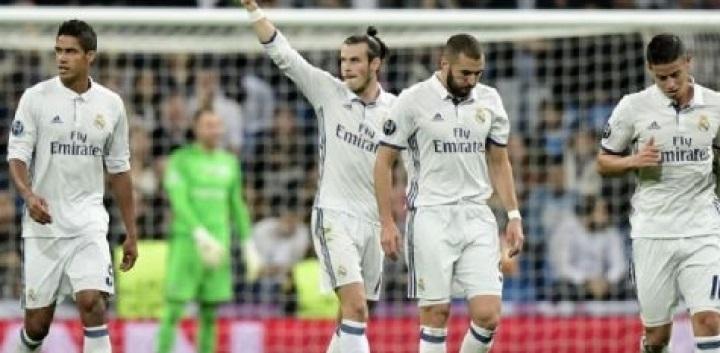 Liga Champions 2018, Real Madrid Angkat Trofi Juara