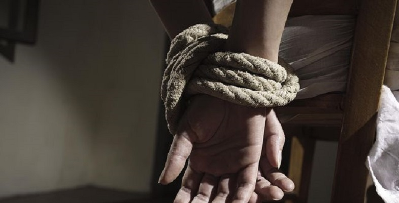 Ditahan, 4 Polisi Terlibat Penculikan WNA Inggris