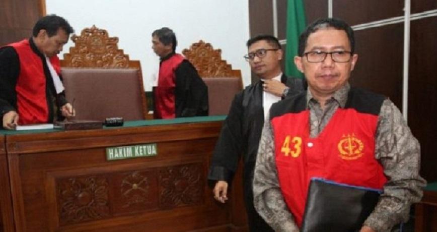 Rusak BB, Eks Ketum PSSI Dihukum 1 Tahun 6 Bulan Bui