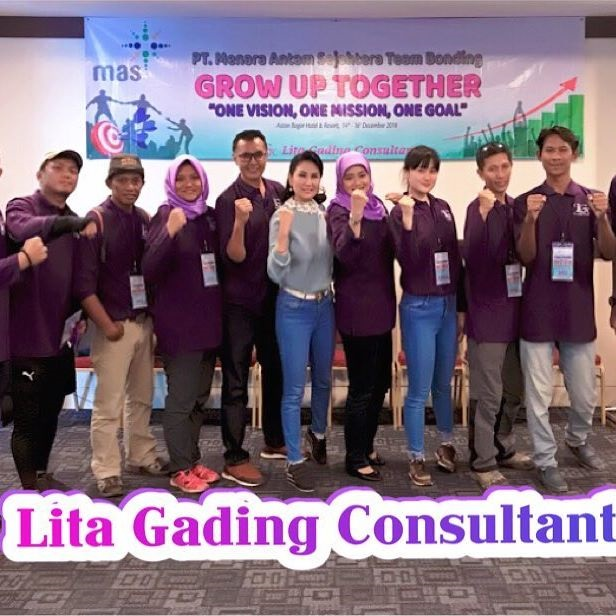 Lita Gading Gelar Workshop Employee PT MAS