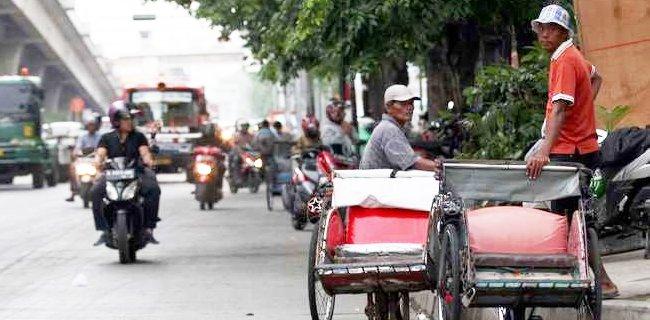 Gubernur DKI Legalkan Becak, Ketua DPRD: Masak Mundur Lagi