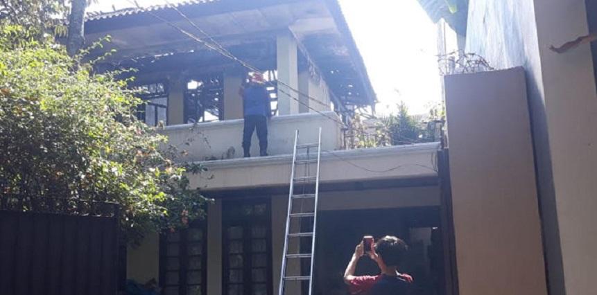 Warung di Duren Tiga Terbakar, 1 Remaja Tewas
