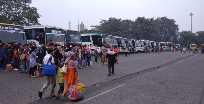 Arus Mudik, Cuma 18 Bus Layak Operasi di Kampung Rambutan