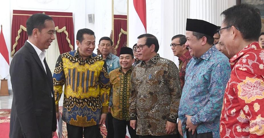 Tuntutan Cabut UU KPK Ditolak Presiden Jokowi