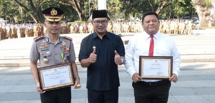 Kapolrestabes Bandung Raih Penghargaan
