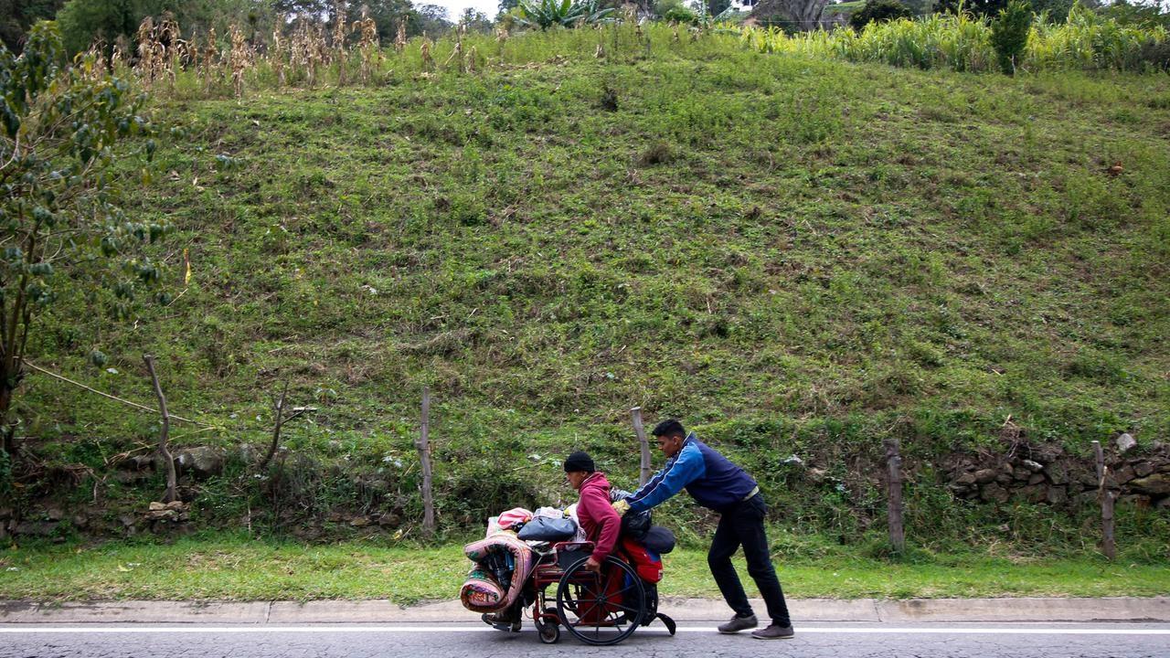 Inflasi Venezuela Naik 200.000%, Rakyat Kabur ke Negara Lain