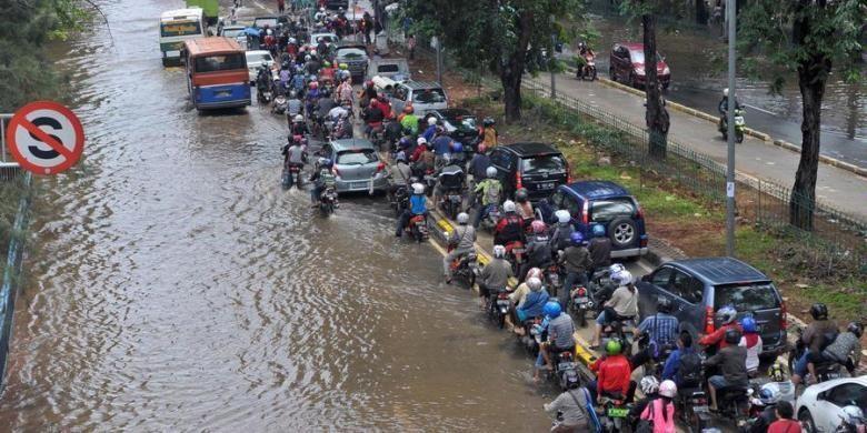 17 Titik di Jakarta Dilanda Banjir